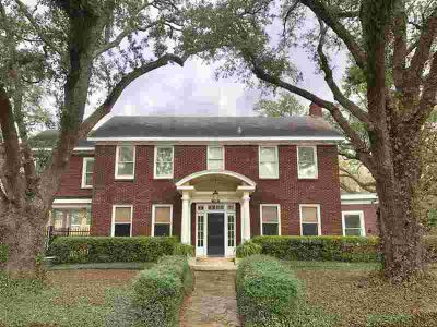 2410 Harrison Beaumont Five BR, Majestic oaks surround this