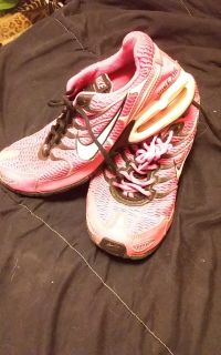 Bright pink womens size 8.5 nike air shoes
