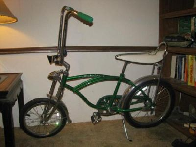 $150 OBO 2007 Schwinn Sting Ray reproduction bike