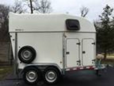 2OO7 Brenderup Royal TC 2 Horse Trailer