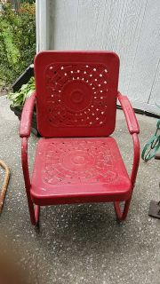 VINTAGE CHAIR, READ DESCRIPTION