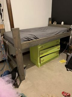 Twin Size Loft Bed w/Mattress