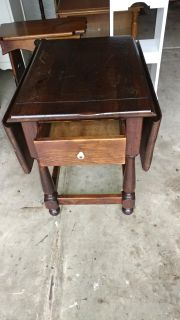 1977 Ethan Allen Drop Table with Drawer. Nicks on Top. Restained and Polished. 21x27x24. When opened 38
