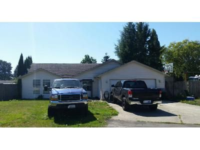 3 Bed 2 Bath Preforeclosure Property in Longview, WA 98632 - 32nd Ave