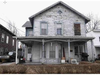5 Bed 2 Bath Foreclosure Property in Hoosick Falls, NY 12090 - Lyman St