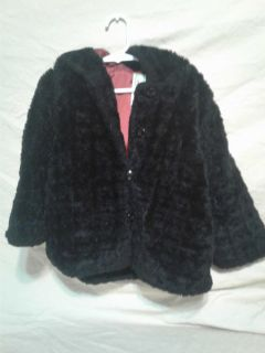 Little girls black fur jacket with hood. Size 4. Gymboree. Meet in Angleton.