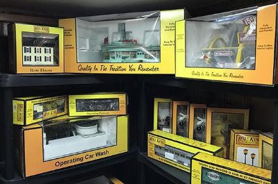 HUGE Lionel & MTH Train Collection,..