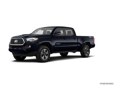2018 Toyota Tacoma SR5 V6 DOUBLE CAB (Midnight Black Metallic)