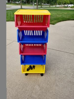 Stackable drawers/bins (5) organizer with extra wheels