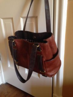 Tignanello leather purse carried once! 15$ slide to see inside