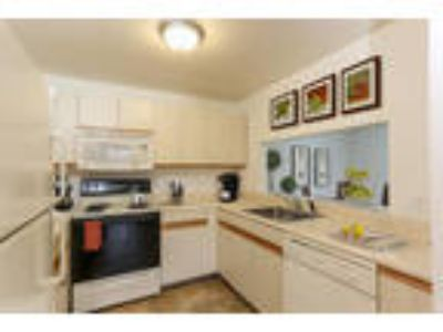 CenterPointe Apartments & Townhomes - Three BR, 2.5 BA Townhome 1,800 sq. ft.