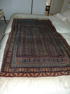 Wool Oriental Rug Hand Woven Hand Knotted
