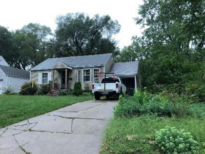 2 Bed 1 Bath Preforeclosure Property in Mission, KS 66202 - Outlook St
