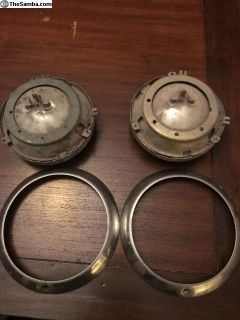 Lowlight Ghia headlight assemblys ring / bucket