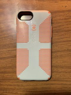 iPhone 6s case (like new)