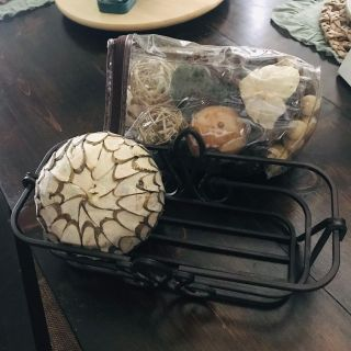 Metal basket /tray with potpourri, everything in new condition! 12 x6 x4 tall. Only $10!