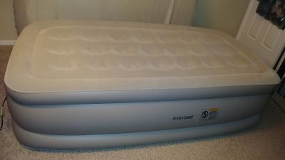 Insta-Bed NeverFlat Technology Twin Size Raised Air Mattress
