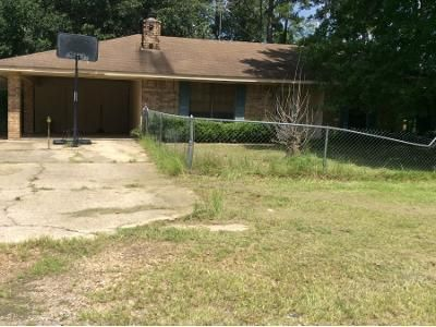 Preforeclosure Property in Leesville, LA 71446 - Cochran Rd