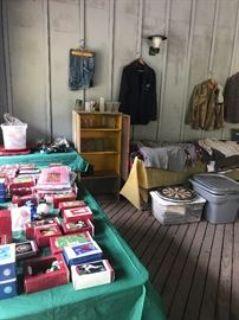 Estate sale antiques , collectibles