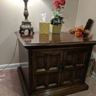 Carriage House Brand Coffee Table and Lamp table