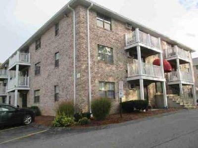 16 Kenmar Dr #131 Billerica One BR, Second floor condo unit