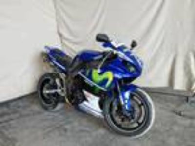 Salvage 2010 YAMAHA YZFR1 for Sale