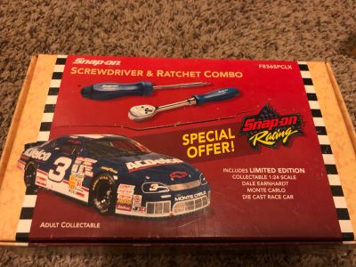 1996 Snap-on #3 DALE EARNHARDT collector car 1:24 W/ screwdriver and ratchet