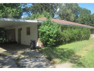 3 Bed 2 Bath Foreclosure Property in Monroe, LA 71203 - Fair Oaks Dr