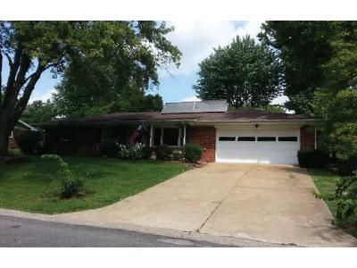 3 Bed 1.5 Bath Foreclosure Property in Belleville, IL 62223 - Southgate Dr