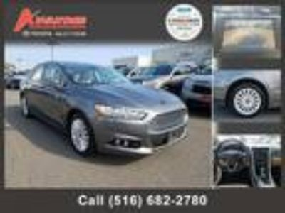 $10498.00 2014 FORD Fusion with 66270 miles!