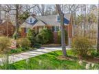 303 Forestview Dr