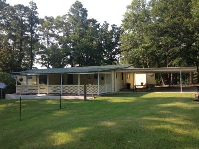 Home for Rent - Near Lake, Large Yard