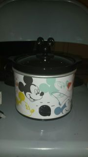 NEW w/Tag DISNEY Mickey Mouse the True Original 2 Quart Slow Cooker