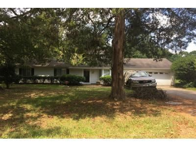 4 Bed 2.5 Bath Preforeclosure Property in Jackson, MS 39212 - Rainey Rd