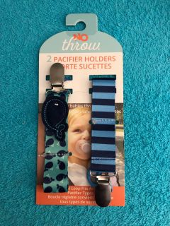No Throw 2-Pack Of Pacifier Holders.
