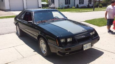 1985 Ford Mustang GT (Black)