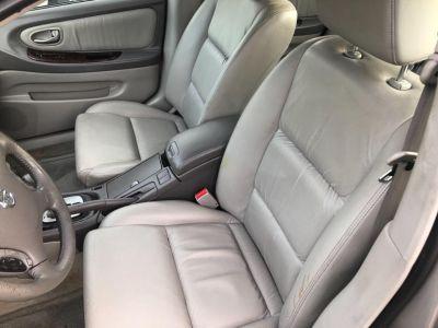 2002 Nissan Maxima GLE (Grey)