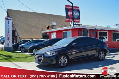 2017 Hyundai Elantra SE 2.0L Auto PZEV (Alabama) *L (Phantom Black)