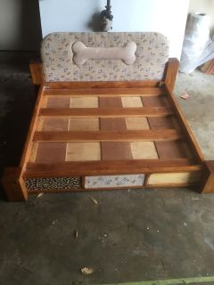 Xl dog bed 42x44 solid wood $50