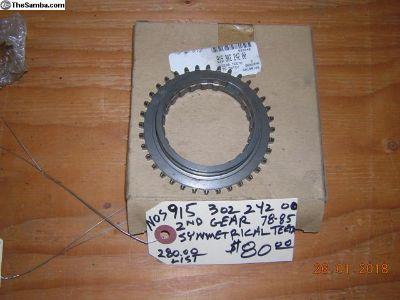 915 392 242 00 2nd gear dog teeth 78-85 911 NOS