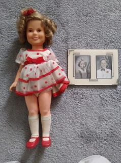 "1972 Vintage Ideal 16"" Shirley Temple Doll Complete w/ Vintage Picture This is a 16"" vintage Shirley Temple doll."