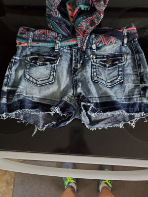 Womens size 5 shorts...porch pick up
