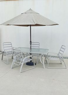 Patio / Pool Side 6Pc. Aluminum Framed Table, Reclining Chairs & Umbrella Set