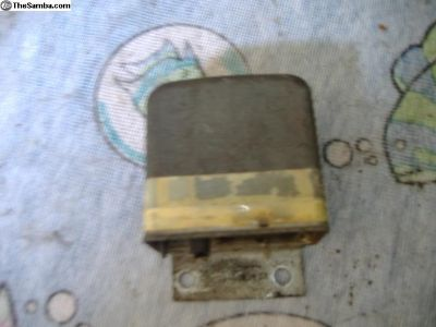 VW Bus voltage regulator 72 79 yr bosch