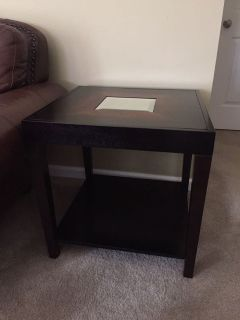End Table/Night Stand 2ft x2ft