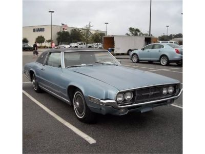 1969 Ford Thunderbird