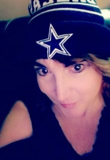 Janet T is looking for a New Roommate in Dallas with a budget of $800.00