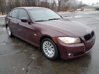 2009 BMW 3-Series 328xi (Barbera Red Metallic)