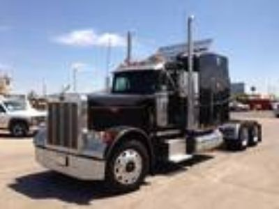 Used 2004 Peterbilt 379EXHD for sale.
