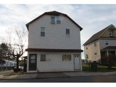 4 Bed 1.5 Bath Foreclosure Property in Jessup, PA 18434 - Church St